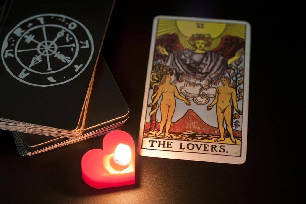 Kako uz pomoć tarota razumjeti vlastitu ljubavnu vezu
