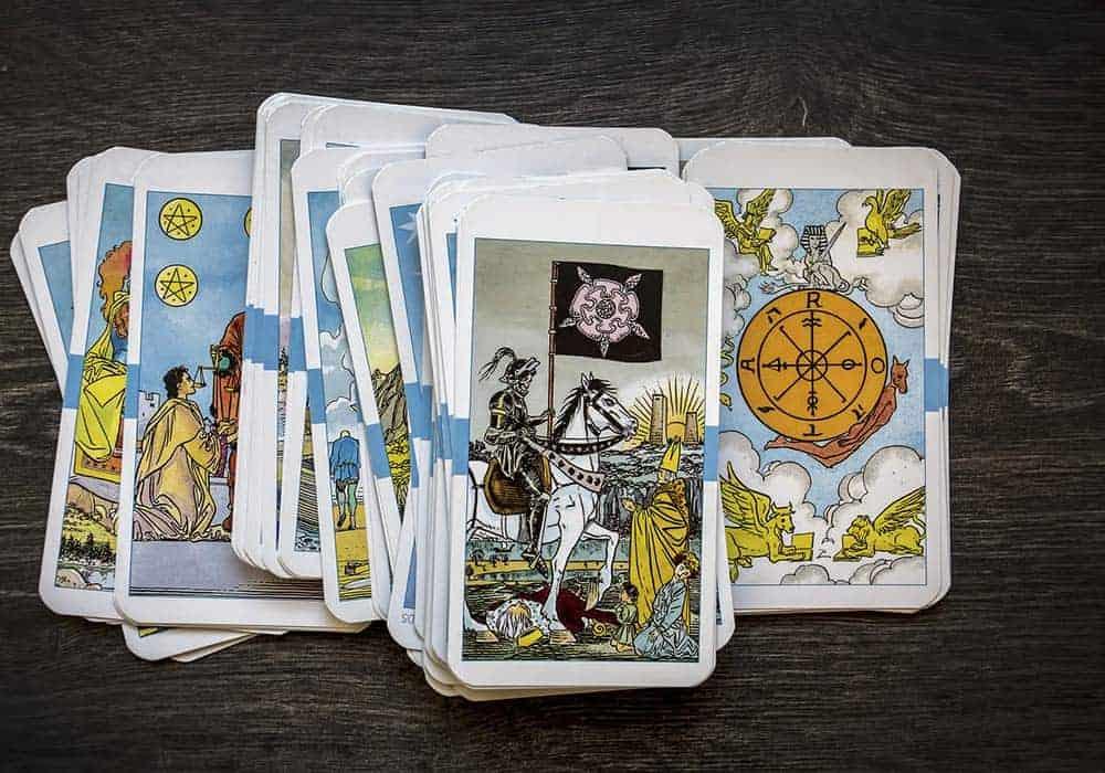 Tri osnovna kupa tarot karata