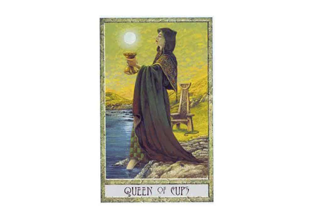 Tarot i ljubav – značenje pojedine karte (Kraljica pehara)